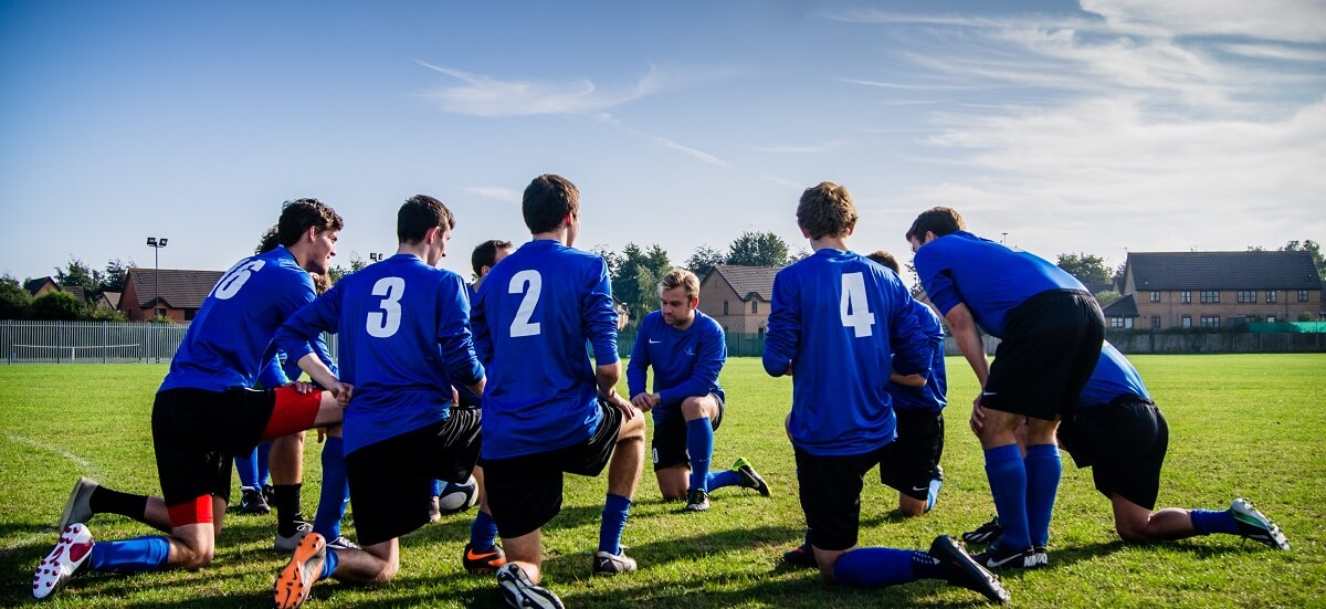 Tim fudbalera na terenu