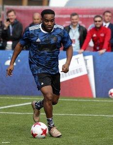 """Ojibo zid, """"munja"""" Mozes i vođa Mikel, a ko je najbolji Nigerijac svih vremena?"""