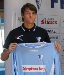 Stefan Hajdin – prvotimac Zvezde pojačao Sportifico